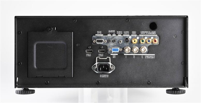 Vivitek D8300 IO Ports LowRes
